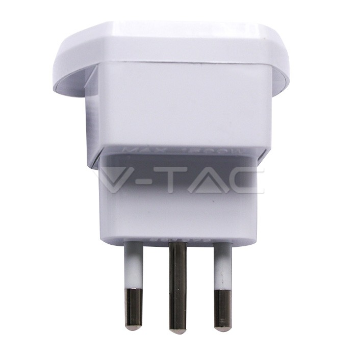Universal Adapter 2P+T 10A
